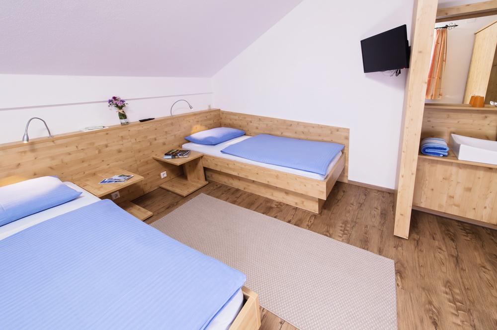 ferienwohnung-turnersee-zusatzzimmer-tischler-Ilsenhof_16_Zupanc